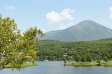 高原と湖の写真素材01
