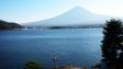 河口湖からみた富士山の写真素材01