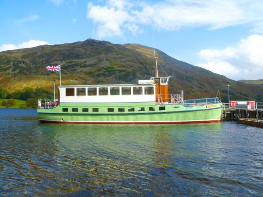 イギリスの遊覧船の写真素材