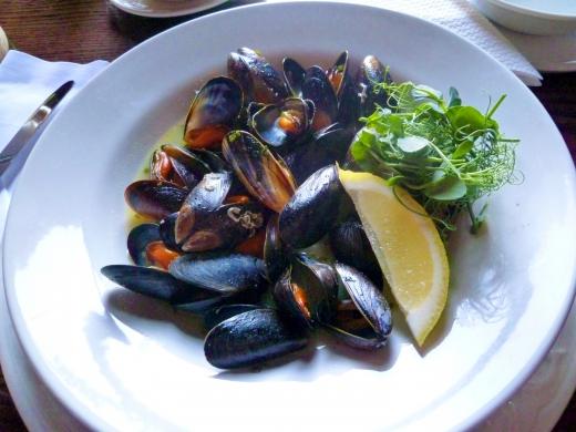 ムール貝の料理の写真素材