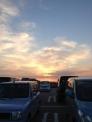 夕暮の駐車場の写真素材