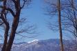 薄っすら雪の積もった山の写真素材02