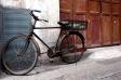 古びた自転車の写真素材